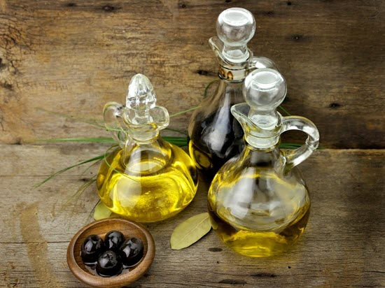 premier-foods-oils-and-vinegars-550